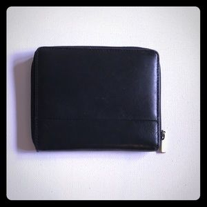Handbags - Kenneth Cole Leather Wallet